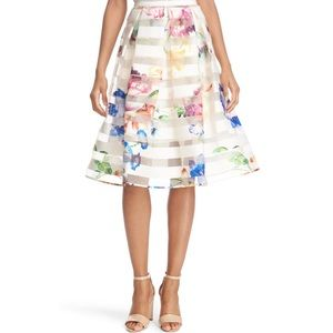 🆕 Ted Baker 'Hoola' floral skirt